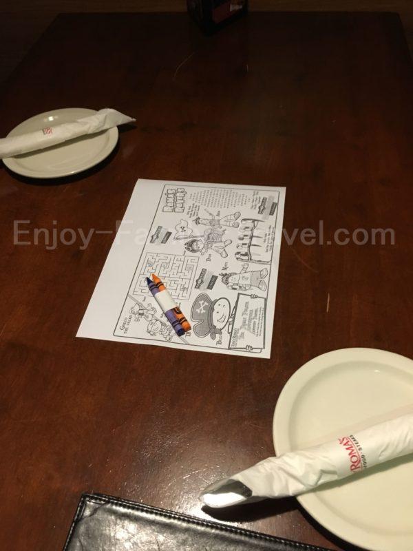 お肉もシーフードも美味しいデートに最適なTony Roma's(トニー・ローマ)子供用の塗り絵とクレヨン