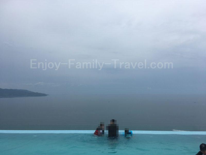 ベトナム・ダナン・TMSホテルのプールの眺め2