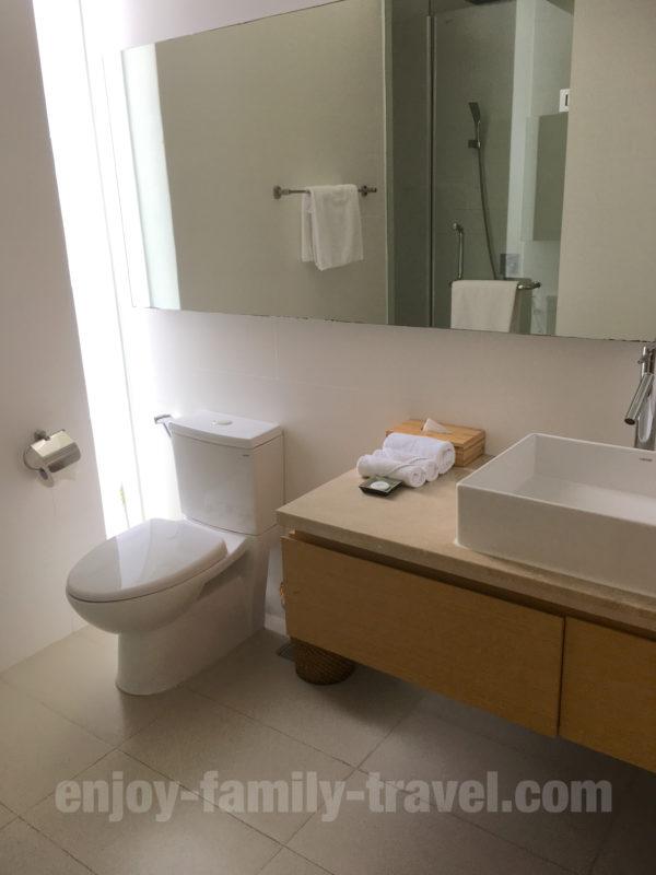 ベトナム・ダナン・バケーション ホームズ パーフェクト ポイント ヴィラの寝室2の洗面所