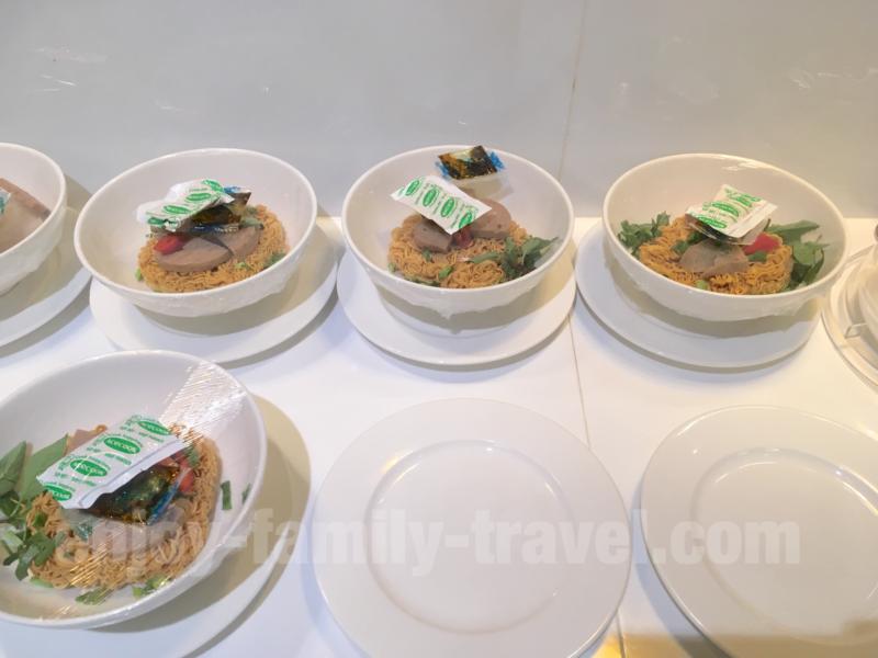 ベトナム・ダナンエアポートラウンジCIP ORCHID LOUNGEの麺類